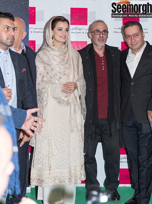 ظاهر دیا میرزا بازیگر فیلم سلام بمبئی در پردیس ملت